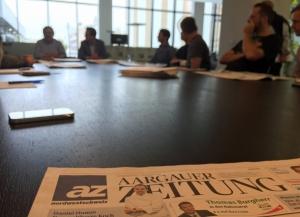 Diego Yanez, Direktor MAZ und Christian Dorer, Chefredaktor AZ bei der Blattkritik.